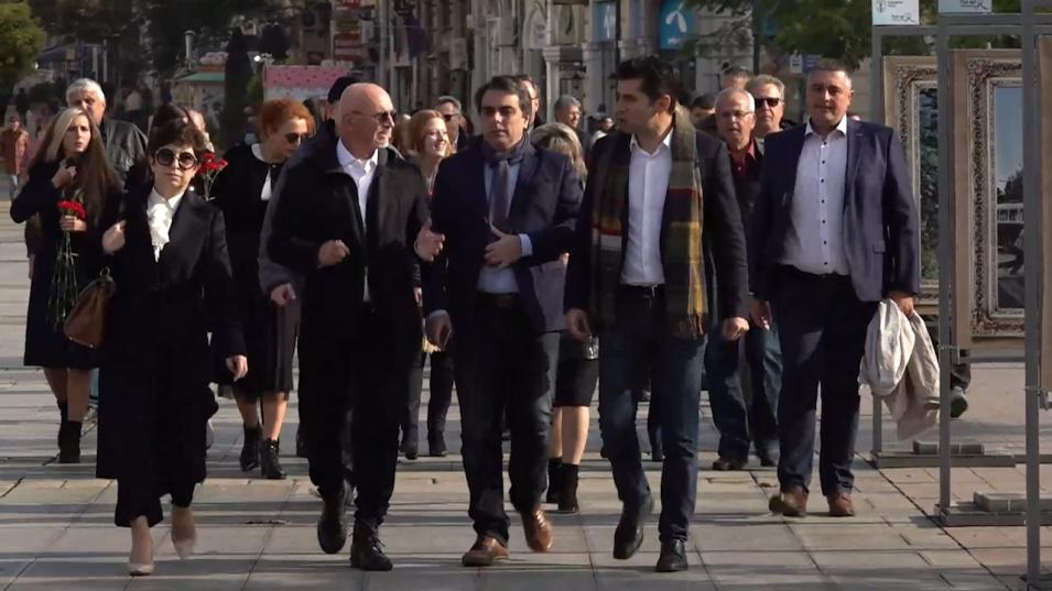 Василев и Петков от Русе: Докато не си върнем контрола в държавата, ще правят каквото си искат