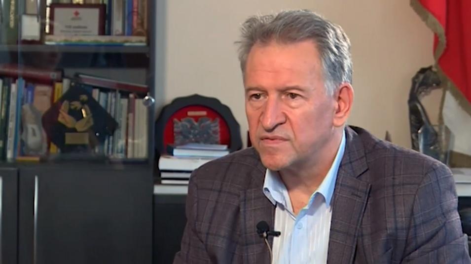 Кацаров обяви дали ще затворят градините и кога ще върнат учениците клас