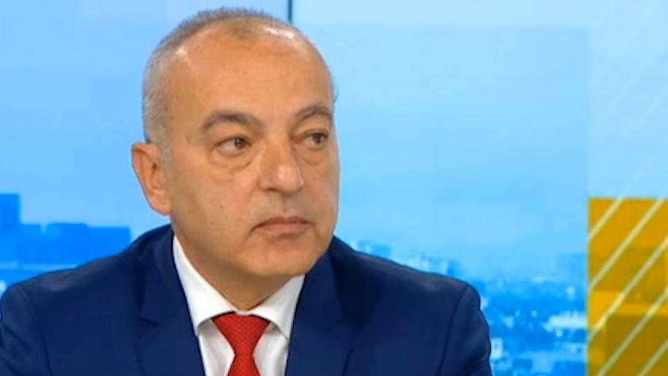 """Гълъб Донев за """"зеления сертификат"""": Няма казус по нарушаване на трудовите права"""