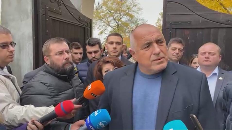 Борисов: Българите вече може само Господ да ни спаси, затова обикалям манастирите